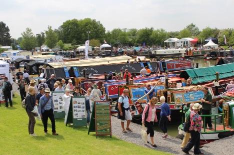 Crick-Boat-Show