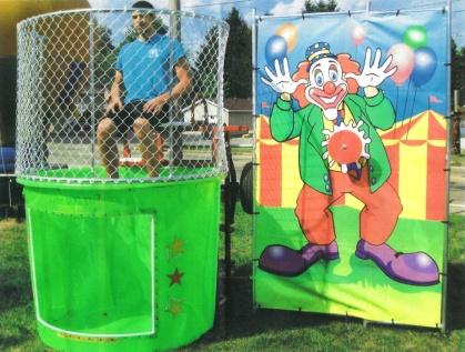 dunk-tank-clown-bg