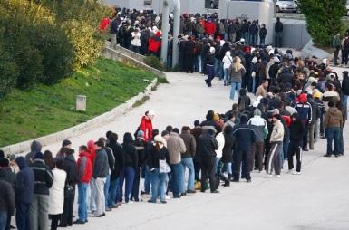 Redovi za ulaznice za  utakmicu Hajduk - Dinamo 120209