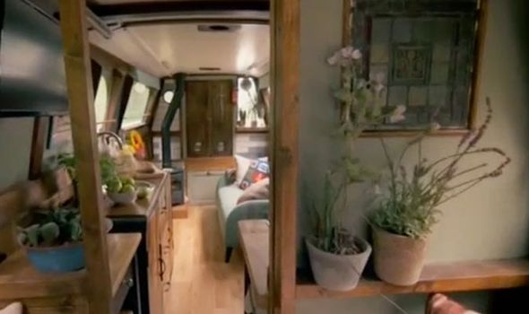 George-Clarke-Amazing-Spaces-house-boat-1191292